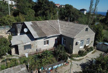 Дом на участке 20 соток в Лавровом