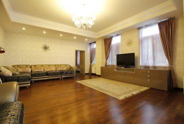 Продажа 4к квартира в клубном доме в Алуште.