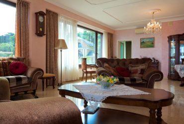 4 комнатная квартира 208,5 кв.м. с видом на море и горы.