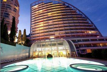 Трехкомнатная квартира 132 кв. м в жилом комплексе Респект Холл