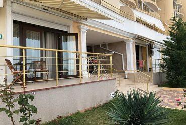 Апартаменты 44 кв.м в элитном комплексе «Премьера» г. Алушта, пос. Чайка.